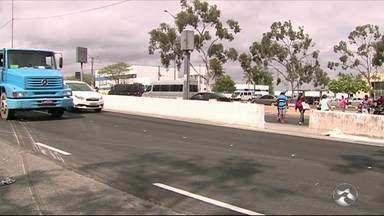 Motorista suspeito de atropelar ciclista se apresenta à Polícia Civil em Caruaru - Caso aconteceu na BR-232 em Caruaru.