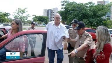 Médico suspeito de matar professora passa pelo primeiro julgamento em Palmas - Médico suspeito de matar professora passa pelo primeiro julgamento em Palmas