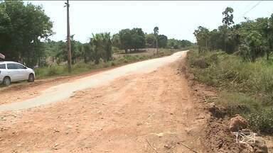"""Motoristas reclamam de falta de infraestrutura da MA-386 - Falta sinalização na via, considerada perigosa, que também é conhecida como """"Estrada do Arroz""""."""