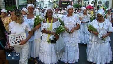 No Recife, Caminhada dos Terreiros pede respeito às religiões - Seguidores das religiões de matriz africana participaram da caminhada.