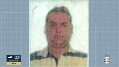 Preso o homem que mandou matar a ex-mulher, na Barra da Tijuca - O crime foi em agosto. Karina Garófalo foi assassinada com 4 tiros na frente do filho. A polícia concluiu que o mandante do crime foi o ex-marido dela Pedro Paulo Barros Pereira Júnior. Ele foi preso, em Barra Mansa, por policiais federais.