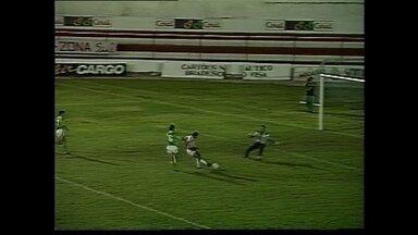 Em 1996, Náutico recebe o Freienbach-SUI e vence por 3 a 0 - Em 1996, Náutico recebe o Freienbach-SUI e vence por 3 a 0