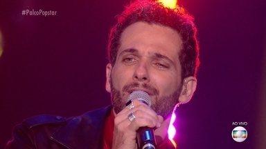 Mouhamed Harfouch canta 'Anna Julia' - O ator faz homenagem para sua filha e os especialistas adoram a sua apresentação