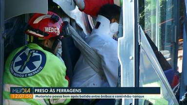 Motorista que ficou preso às ferragens após acidente na BR-277 passa bem - Eldomar Barros dos Sanots, de 34 anos, passou por duas cirurgias. Ele está internado e não corre risco de vida.