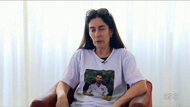 Mãe do jogador Daniel, morto em Curitiba, fala da dor de perder o filho - Dona Eliana pede justiça e diz que o único consolo é a netinha, filha do jogador.