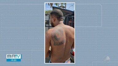 Suspeito da torcida Bamor é preso após audiência de custódia em Salvador - O caso aconteceu algumas horas antes ao clássico Ba-Vi, no Largo do Tanque, em Salvador.