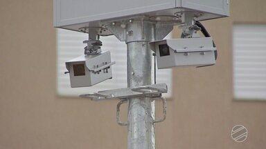 Radares e lombadas eletrônicas voltam a funcionar depois de 2 anos desativados na capital - Campo Grande tem quase 550 mil veículos, segundo IBGE.