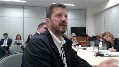 Dono de sítio de Atibaia presta depoimento na Lava Jato - Fernando Bittar disse que achava que Lula e Marisa pagariam por reformas na propriedade