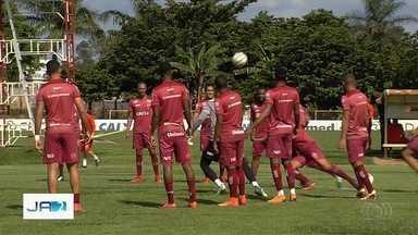 Times goianos têm rodada decisiva para tentar subir para a Série A do Brasileirão - Atlético-GO, Vila Nova e Goiás ainda estão na disputa por uma vaga.