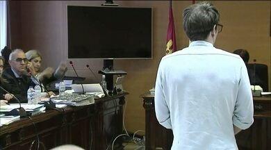 Patrick Nogueira é condenado a prisão perpétua pela morte de tio e primos na Espanha - Sentença também condena o brasileiro a 25 anos de prisão pela morte da tia, Janaína Américo, sobrinhos e também do tio.