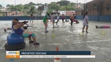Em Manaus, projeto social transforma quadra poliesportiva em área de lazer para comunidade - Espaços públicos são utilizados pela comunidade.