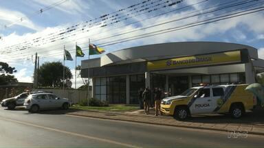 Bandidos explodem banco em Carambeí - Segundo a polícia, dinheiro não foi levado