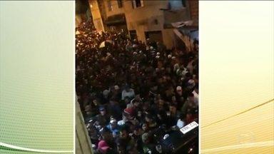 A morte de três pessoas pisoteadas num baile funk vai ser investigada pela Ouvidoria da PM - O baile foi no fim de semana em Guarulhos, na região metropolitana de SP.