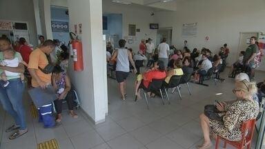 Prefeituras do Centro-Oeste Paulista fazem as contas após adeus dos médicos cubanos - No dia em quase 100 profissionais da região se despediram de seus cargos, cidades começam a buscar formas de suprir os buracos no atendimento causados pelas baixas no programa Mais Médicos.