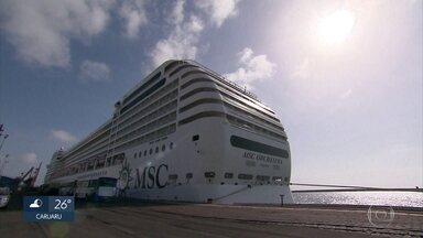 Temporada de cruzeiros atrai turistas ao Recife - Mais de três mil pessoas chegaram ao Porto do Recife.