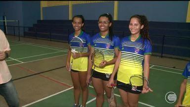 Piauienses querem brilhar no sulamericano de badminton - Piauienses querem brilhar no sulamericano de badminton