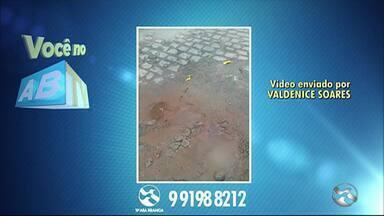 Você no ABTV mostra problemas em Caruaru, Pesqueira e Alagoinha - Vazamento, falta de água e mal cheiro são as denúncias dos moradores.
