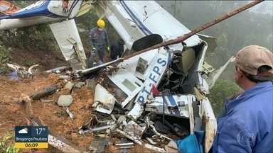 Aeronáutica investiga queda de helicóptero em Campos do Jordão - Seis pessoas morreram no acidente