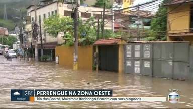 Rio das Pedras, Muzema e Itanhangá têm ruas alagas após forte temporal - Os moradores dizem que toda vez que chove mais forte a situação se repete: ruas alagadas.