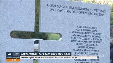 Ilhota inaugura memorial em homenagem às 135 vítimas da tragédia do Vale do Itajaí - Ilhota inaugura memorial em homenagem às 135 vítimas da tragédia do Vale do Itajaí de 2008