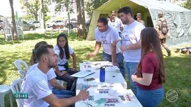 Domingo foi dia de mobilização nacional contra o câncer - Médicos e estudantes fizeram uma campanha de prevenção.