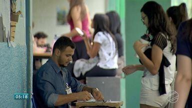 UFGD promove vestibular neste domingo - Muita dia de muita correria para não perder o horário das provas.