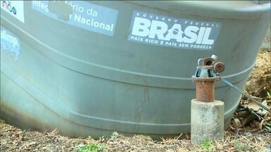 Cisternas apodrecem em meio à seca que castiga o Maranhão - Seis meses de estiagem estão castigando cidades do interior do Maranhão. E equipamentos que deveriam amenizar o sofrimento, não funcionam.