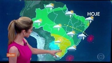 Meteorologia alerta para chuva em parte de MG nesta terça (4) - Previsão alerta para temporal no Espírito Santo. Confira como fica o tempo em todo o país.
