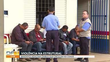 Bandidos atacam ônibus que circulam na Estrutural - Rodoviários e passageiros vivem com medo de assaltos. Bandidos têm atacado os ônibus com frequência. Na sexta-feira passada um motorista foi baleado.