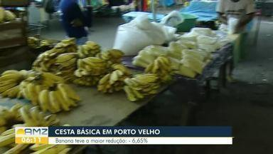 Veja os produtos que tiveram redução de preço, entre os itens da cesta básica, em novembro - Banana teve a menor redução