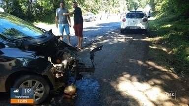 Quatro pessoas morrem em acidente na BR-282 em Nova Erechim - Quatro pessoas morrem em acidente na BR-282 em Nova Erechim