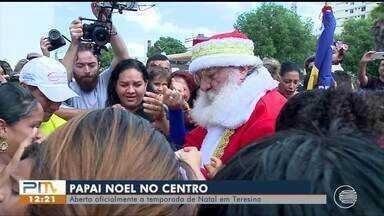 Papai Noel abre temporada oficial de Natal no centro da capital - Papai Noel abre temporada oficial de Natal no centro da capital