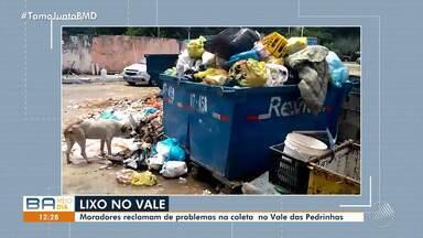 Lixo espalhado nas ruas provoca alagamentos em períodos de chuva - A reportagem fez um giro pela cidade e mostrou diversos pontos de sujeira.