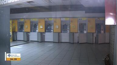 Criminosos arrombam agência bancária em Porto Alegre - Caso foi registrado na Zona Norte da capital.