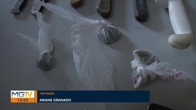 Polícia prende quatro pessoas durante operação em Governador Valadares - Foram cumpridos 17 mandados de busca e apreensão; Operação Inquietação foi realizada no Bairro Nossa Senhora das Graças.