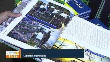 Escritor de Porto Velho lança livro sobre história do ex-governador de RO - Escritor de Porto Velho lança livro sobre história do ex-governador de RO.