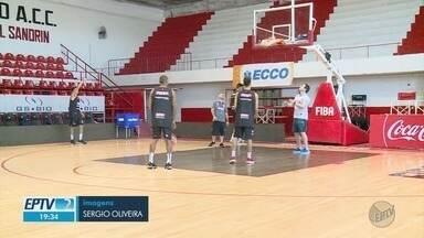 Franca Basquete precisa vencer para garantir título da Sul-Americana - O time perdeu para Instituto de Córdoba nesta quinta-feira (13). Equipe reclamou que a quadra estava escorregadia.