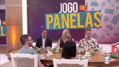 Ana Maria recebe os participantes do 'Jogo de Panelas Florianópolis' - Juliano, Carla, Luciano, Raquel e Márcio se reencontram após os jantares oferecidos e mostram voto para retirar ponto de adversário