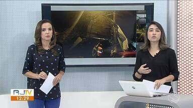 Grande volume de chuva causa estragos em Porto Real - Previsão é de sol e pancadas de chuva no Sul do Rio.