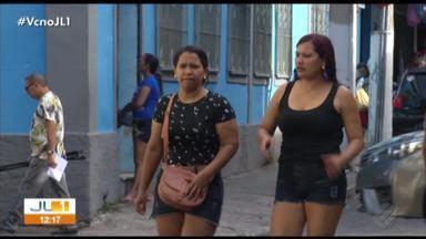 Consumidores se expõem e correm risco de assalto ao caminhar pelo comércio de Belém - Jornal Liberal