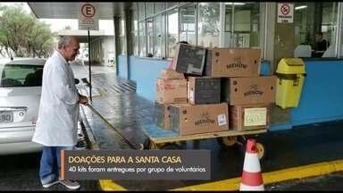 Grupo doa alimentos para funcionários da Santa Casa de Rio Grande - Quarenta kits foram doados como exemplo de solidariedade.