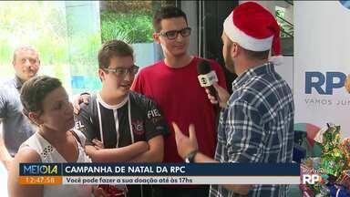 Bruno Fávaro recebe as doações no último dia da Campanha de Natal da RPC - As doações podem ser feitas até às 17hs