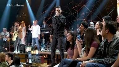 Zezé Di Camargo e Luciano cantam 'Sonho de Amor' - Dupla agita a plateia do 'Altas Horas'