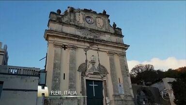 Terremoto de 4,8 de magnitude é provocado por vulcão Etna - O tremor atingiu a ilha de Sicília, na Itália. Há 30 feridos, mas ninguém se feriu gravemente.