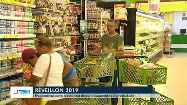 Superstição x praticidade: santarenos começam a comprar alimentos ceia de Ano Novo - Assim como no Natal, movimentação no comércio aumenta nessa época do ano.