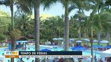 Piscinas de clubes são escape contra praias lotadas no verão do ES - .