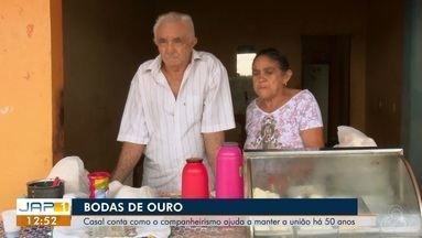 História de um casal que completou 50 anos lutando muito para criar 11 filhos, no AP - Casal conta como o companheirismo ajuda a manter o casamento.