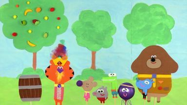 Duggee E O Distintivo Do Show De Fantoches