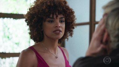 Wanda dá um tapa na cara de Maricarla - A interventora humilha a advogada, que não deixa barato e ainda ameaça processá-la pro racismo