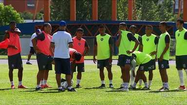 Em Curitiba, Cianorte se prepara para o Campeonato Paranaense - O elenco ganhou o reforço de Léo Gago esta semana.